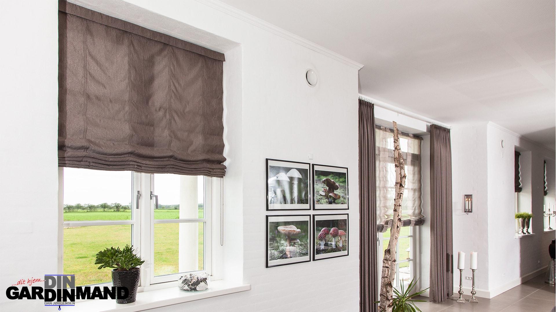 Billige gardiner til din bolig? Bestil uforpligtende møde med Gardinmanden